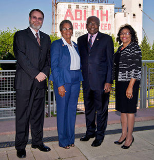 Dr. Tom Chandler, Dr. Donna Christensen, Congressman Clyburn, and Dr. Saundra Glover